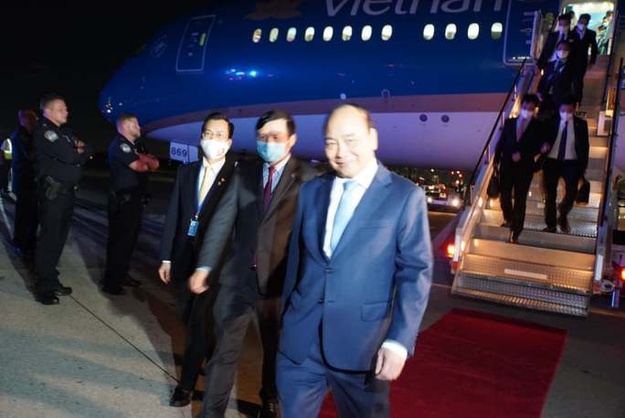 Chủ tịch nước Nguyễn Xuân Phúc đến New York, Mỹ - Ảnh 4.