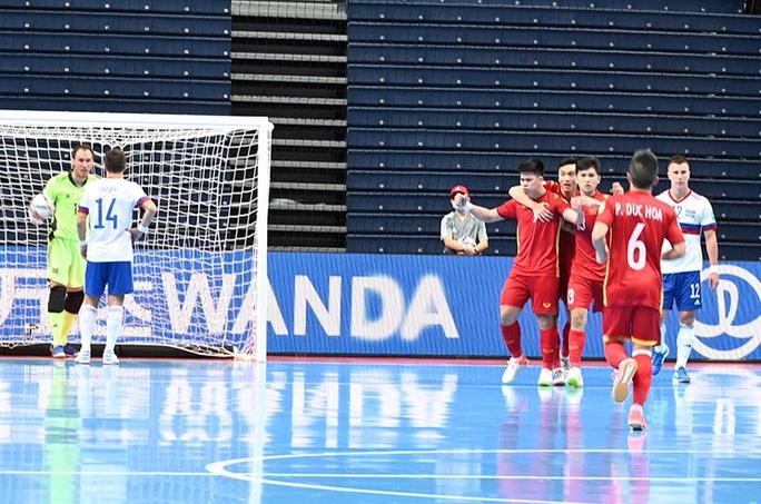 Việt Nam ngẩng cao đầu rời VCK FIFA Futsal World Cup 2021 - Ảnh 4.