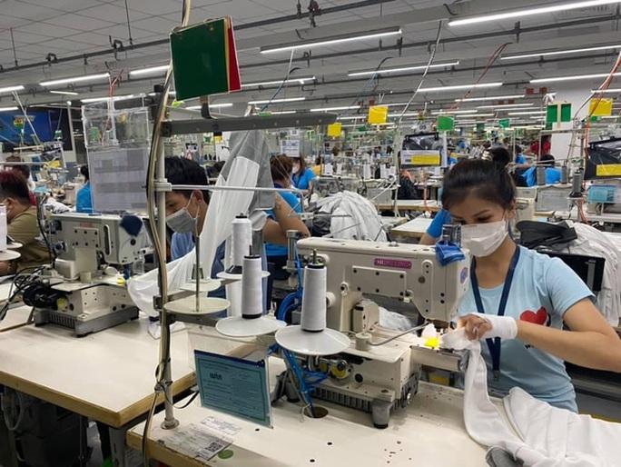 Điểm tựa của hàng triệu lao động bị mất việc làm do dịch Covid-19 - Ảnh 1.