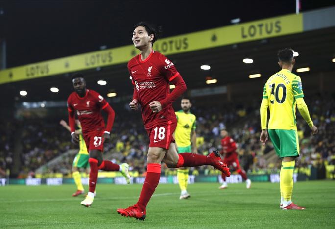 Sao trẻ lập công, Man City và Liverpool dội mưa bàn thắng ở League Cup - Ảnh 6.