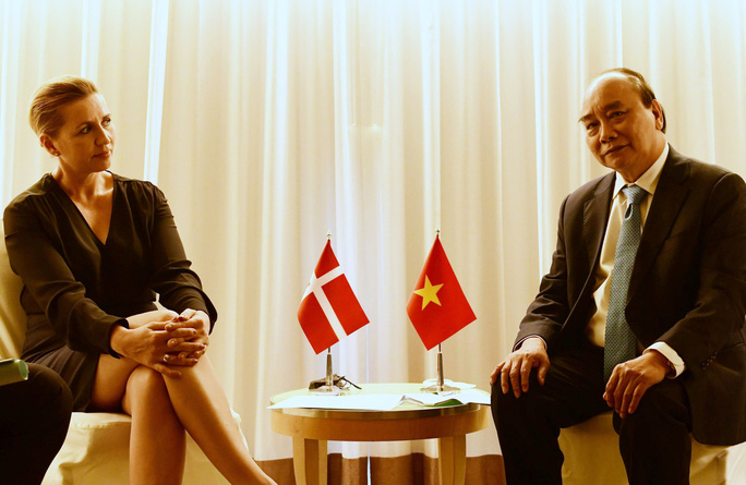 Gặp Chủ tịch nước, Tổng thống Hàn Quốc tuyên bố hỗ trợ Việt Nam 1 triệu liều vắc-xin - Ảnh 3.