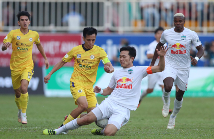 VFF ra nghị quyết dừng mùa giải, không công nhận HAGL vô địch V-League - Ảnh 2.
