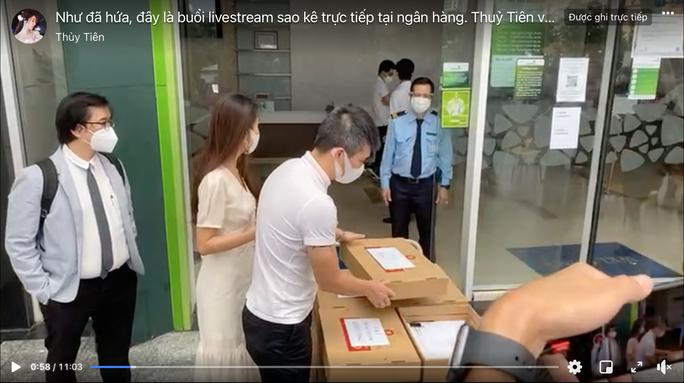 Vietcombank lên tiếng về tạm khóa báo có tài khoản - Ảnh 1.