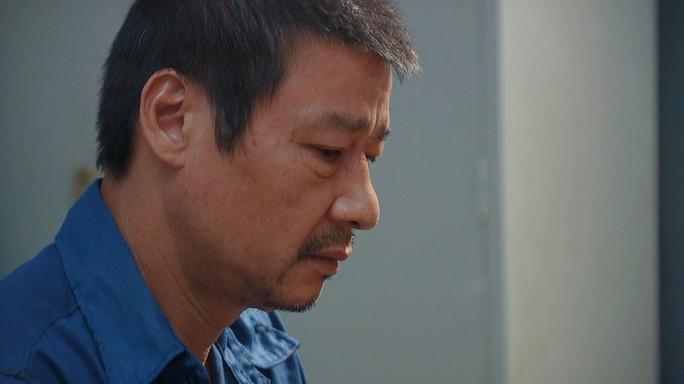 Hương vị tình thân phần 2 tập 43 (tập 114): Long liên quan gì đến cái chết của ông Tín mà bị triệu tập? - Ảnh 1.