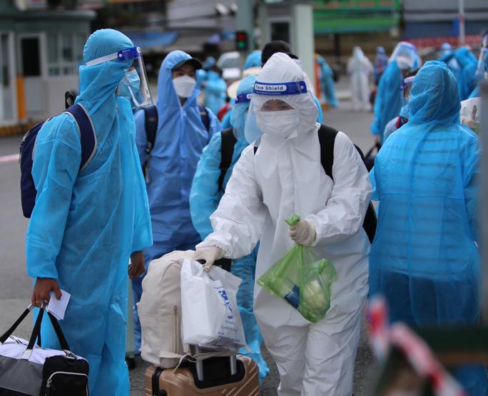 Danh sách 620 người dân Phú Yên được đón về quê từ TP HCM - Ảnh 1.