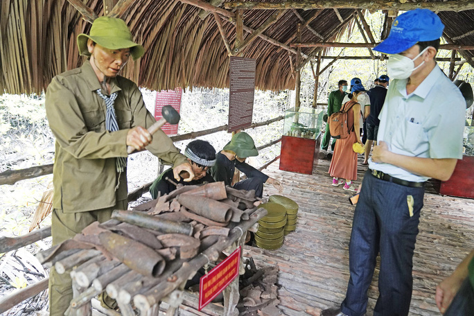 Saigontourist Group tiếp tục tiên phong tài trợ, tổ chức tour tri ân Cần Giờ, Củ Chi cho hàng ngàn y bác sĩ tuyến đầu chống dịch - Ảnh 4.