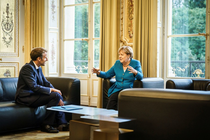 Bà Merkel ra đi, cơ hội vàng cho tổng thống Pháp? - Ảnh 1.