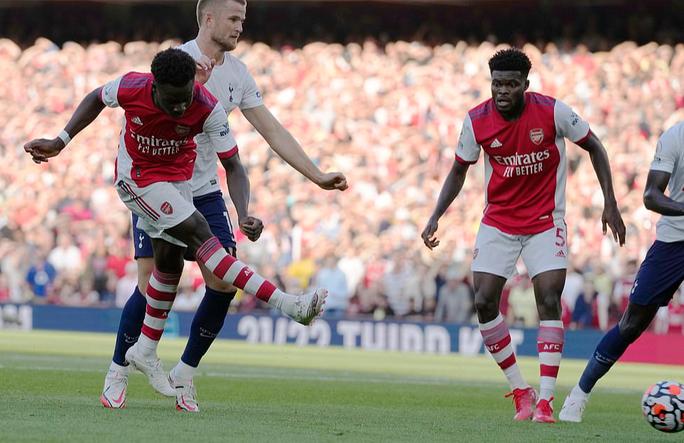 34 phút bùng nổ, Arsenal nhấn chìm Tottenham trận derby London - Ảnh 7.