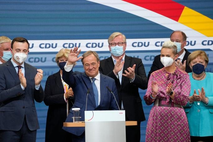 Bầu cử Đức: Liên đảng thua đau, bà Merkel lãnh đạo thêm vài tháng? - Ảnh 2.