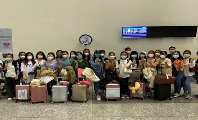 Tin Kinh tế: Bất chấp dịch bệnh, điều dưỡng Việt Nam vẫn sang Đức, Nhật làm việc
