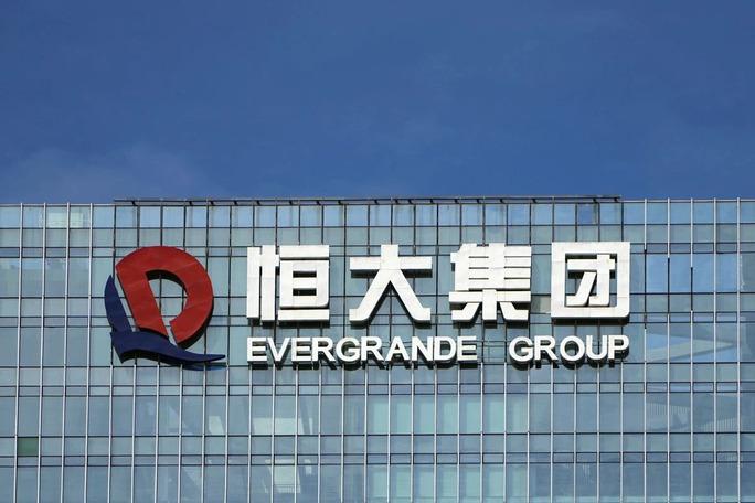 Trung Quốc ồ ạt bơm tiền chặn đầu bom nợ Evergrande - Ảnh 2.