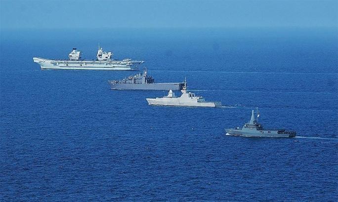 Châu Âu xoay trục về biển Đông - Ảnh 1.
