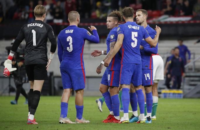 Bùng nổ muộn màng, tuyển Anh thắng 4 sao tại chảo lửa Budapest - Ảnh 10.