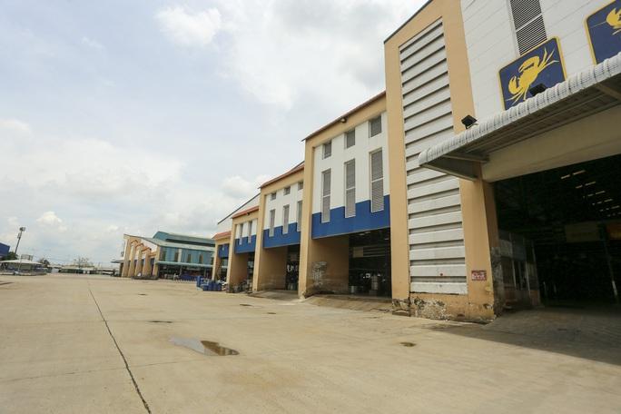 Mở điểm trung chuyển hàng hóa tại chợ Bình Điền để cung ứng toàn TP HCM - Ảnh 1.