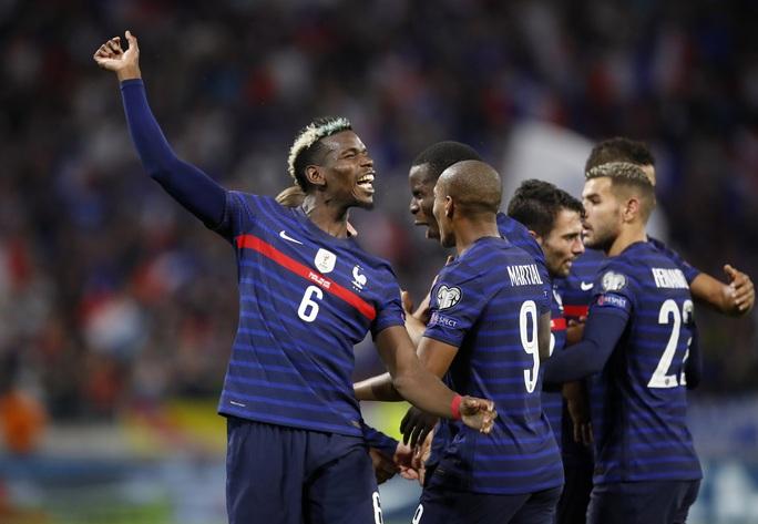 Man United trói chân Paul Pogba bằng lương khủng, cao thứ nhì Ngoại hạng Anh - Ảnh 2.