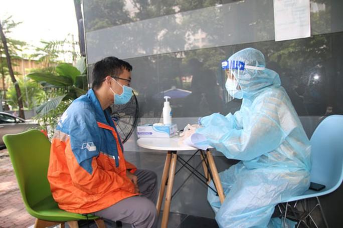 Những người âm thầm tạo miễn dịch cộng đồng - Ảnh 1.
