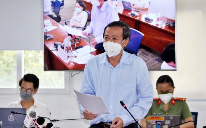 Nhân viên y tế chống dịch TP HCM hưởng phụ cấp tiền ăn 120.000 đồng/ngày - Ảnh 1.