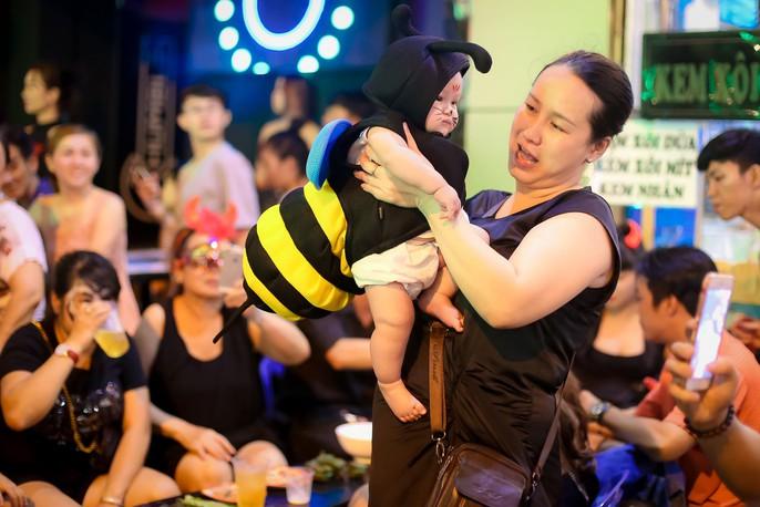 Ai sướng nhất đêm Halloween ở Sài Gòn? - Ảnh 17.