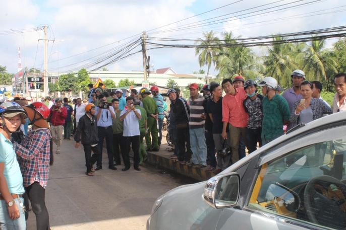 Trạm BOT Biên Hòa rối loạn, Quốc lộ 1 hướng Bắc - Nam tê liệt - Ảnh 8.