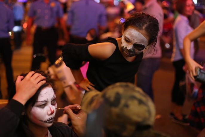 Ai sướng nhất đêm Halloween ở Sài Gòn? - Ảnh 11.