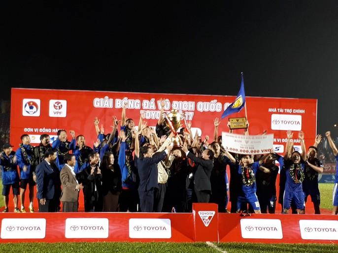 Quảng Nam mở hội trong ngày lên ngôi vương V-League - Ảnh 9.