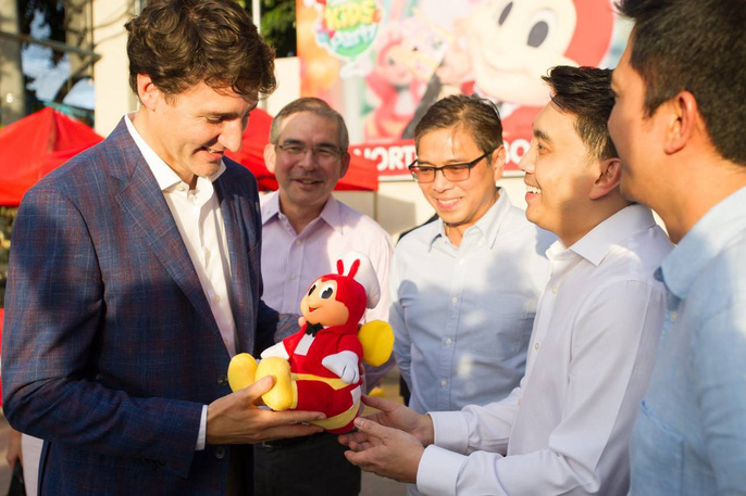 Philippines: Thủ tướng Canada gây náo loạn khi mua gà rán - Ảnh 7.