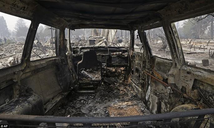 Cháy rừng ở California: Cứ như bị tấn công hạt nhân - Ảnh 4.