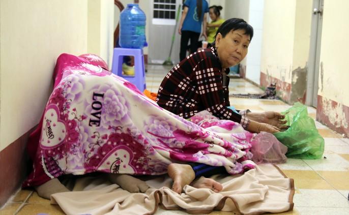 Người dân Cà Mau nín thở chờ bão số 16 (Tembin) qua nhanh - Ảnh 13.