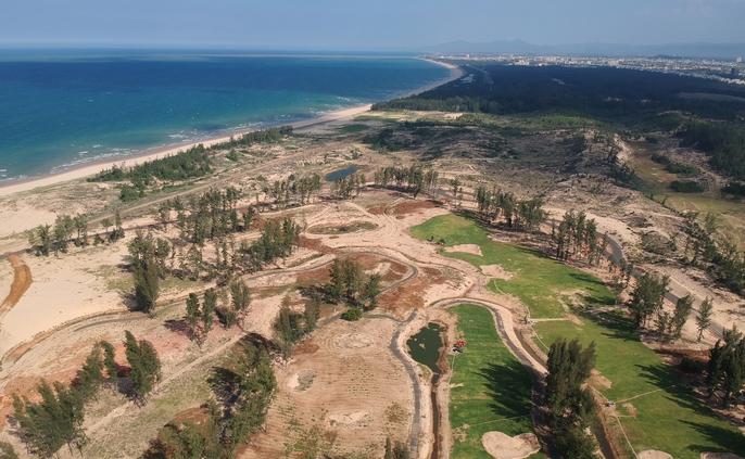 CLIP: Rừng phòng hộ Phú Yên bị phá làm sân golf - Ảnh 2.