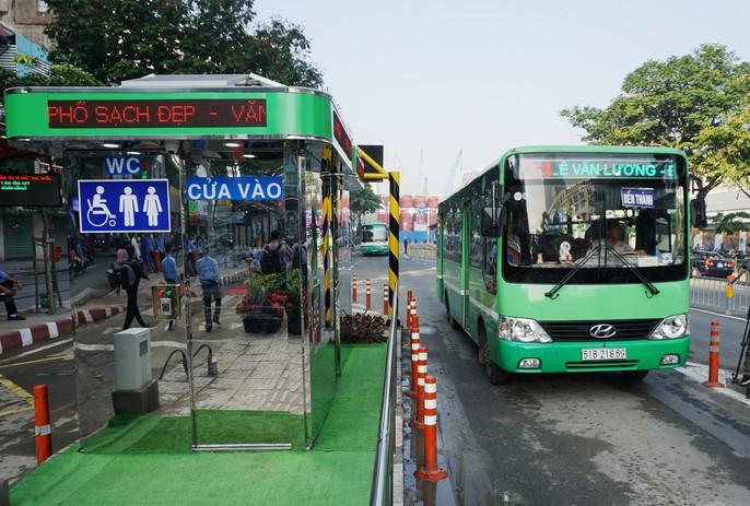 Sang chảnh trạm điều hành xe buýt Bến Thành - Ảnh 3.