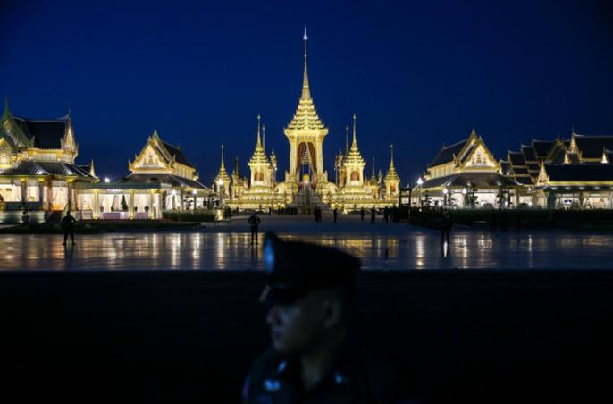 Thái Lan bắt đầu tang lễ Quốc vương Bhumibol Adulyadej - Ảnh 3.