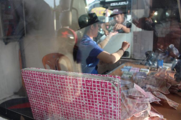 Toàn cảnh trạm thu phí BOT Biên Hòa xả trạm - Ảnh 6.
