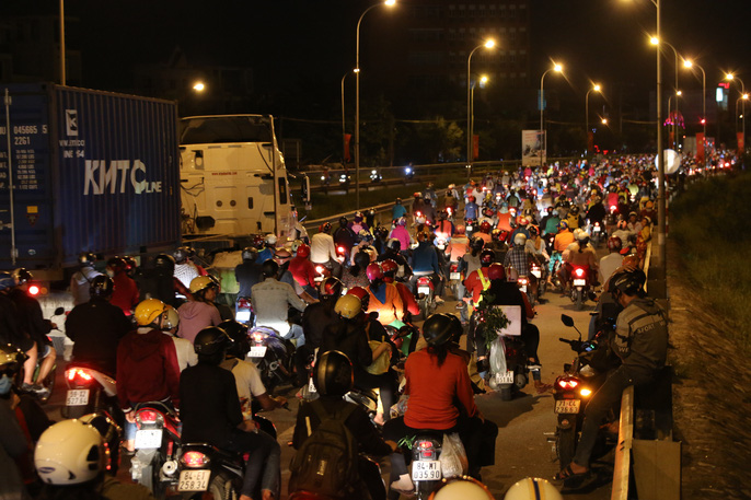 Hành trình ám ảnh từ miền Tây trở về Sài Gòn - Ảnh 10.