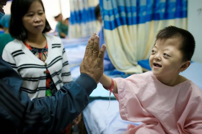 Soái ca của trẻ tật nguyền Việt Nam - Ảnh 3.