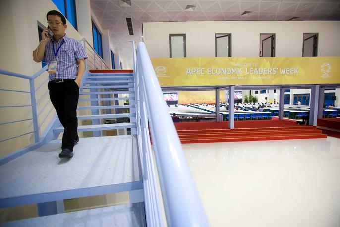 Trung tâm Báo chí sẵn sàng cho APEC 2017 - Ảnh 6.