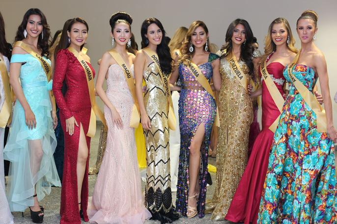 Màn chào sân ấn tượng của các thí sinh Miss Grand International 2017 - Ảnh 2.