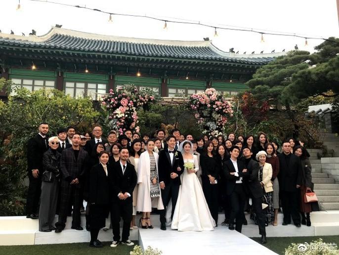 Song Hye Kyo và Song Joong Ki khoe ảnh cưới - Ảnh 8.