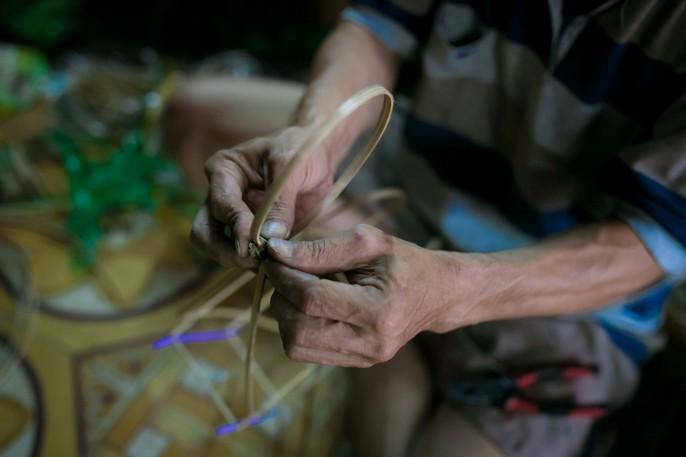 Làng lồng đèn giấy kiếng hồi sinh giữa Sài Gòn - Ảnh 5.
