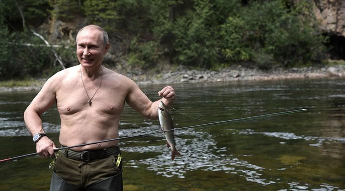 Tổng thống Putin cởi trần nghỉ mát tại Siberia - Ảnh 6.