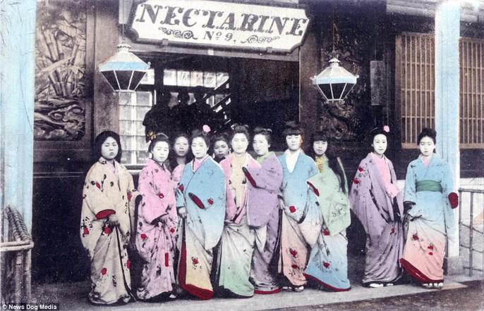 Ám ảnh những góc khuất của các kỹ nữ Nhật Bản xưa - Ảnh 9.