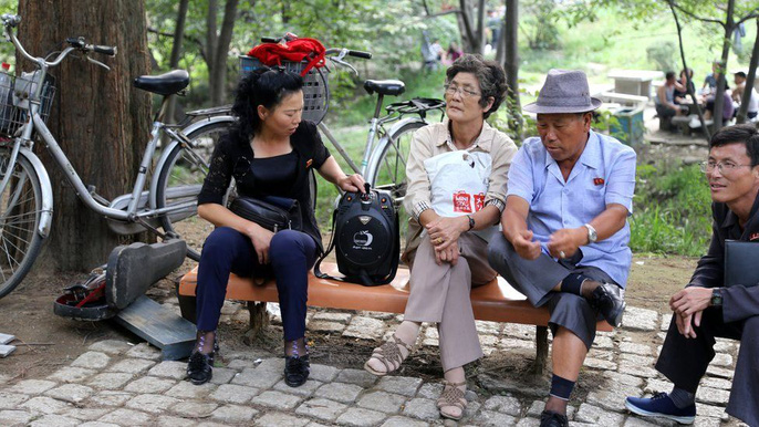 Những ngày này dân Triều Tiên sống ra sao? - Ảnh 8.