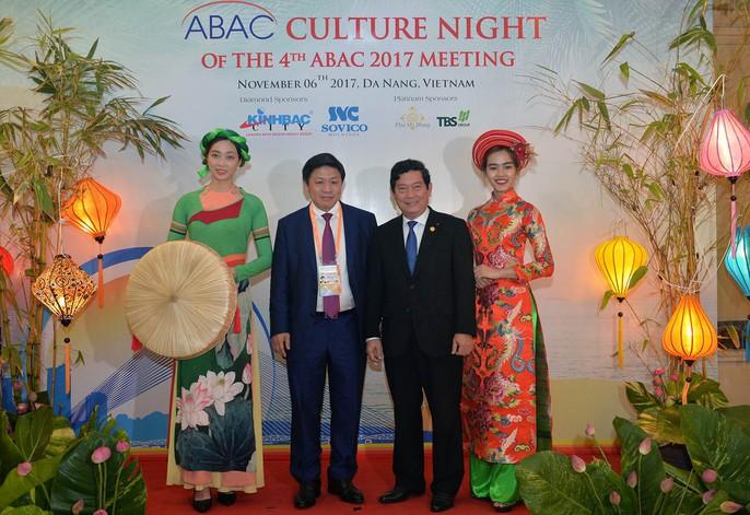 APEC 2017: Bữa tối độc đáo được chuẩn bị trong 3 năm - Ảnh 2.