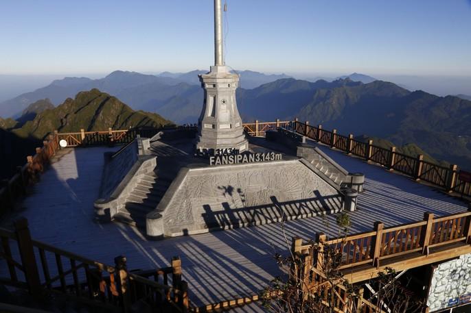 Đốn tim vẻ đẹp lung linh của băng giá trên đỉnh Fansipan - Ảnh 25.