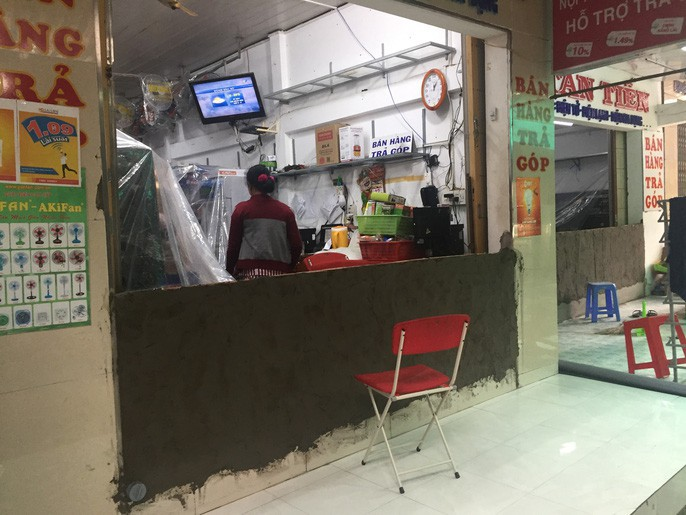 Người dân nô nức trở về nhà khi bão số 16 (Tembin) không vào miền Tây - Ảnh 3.