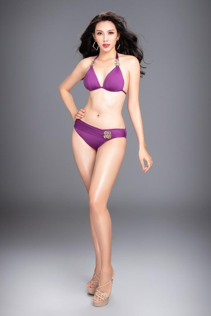 Đường cong nóng bỏng của người đẹp Việt Nam tại Miss International 2018 - Ảnh 4.