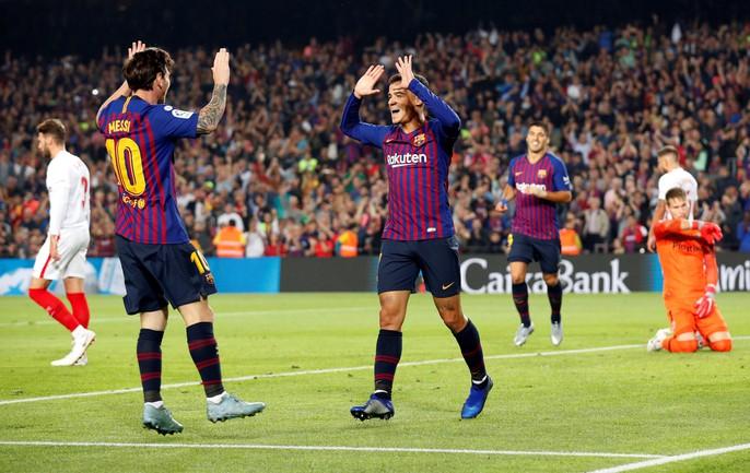 Giành ngôi đầu cho Barcelona, Messi gãy tay, lỡ siêu kinh điển - Ảnh 7.