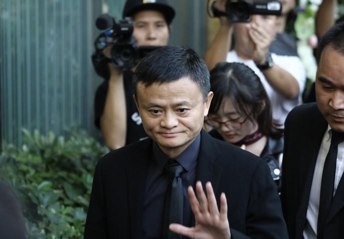 Tang lễ võ lâm minh chủ Kim Dung - Ảnh 12.