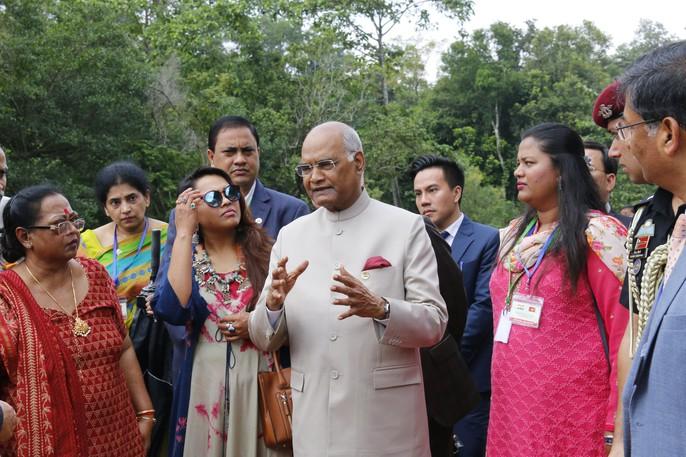 Tổng thống Ấn Độ cùng phu nhân thăm di sản thế giới Mỹ Sơn - Ảnh 1.