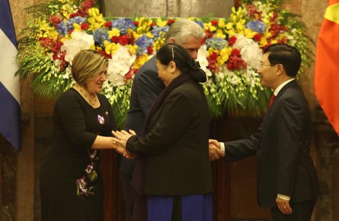 Cận cảnh Tổng Bí thư, Chủ tịch nước Nguyễn Phú Trọng đón Chủ tịch Cuba - Ảnh 16.