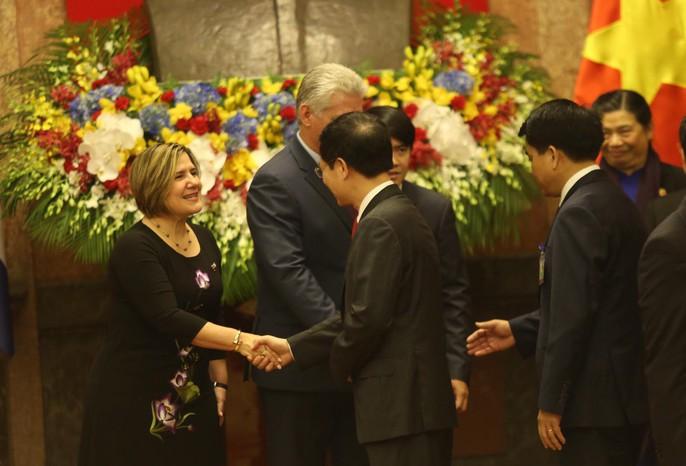 Cận cảnh Tổng Bí thư, Chủ tịch nước Nguyễn Phú Trọng đón Chủ tịch Cuba - Ảnh 19.